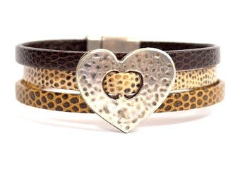 10% Off Triple Strand Lizard Textured Leather Cuff Bracelet with Silver Heart and Magnetic Clasp (5-518)