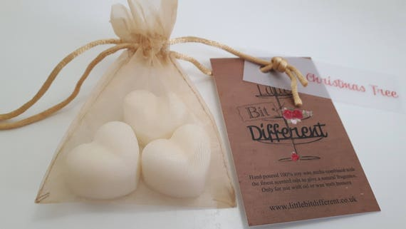 Christmas wax melts. Christmas tree scented wax melts.   Vegan eco friendly soy wax melts.  vegan melts for oil burners.  Made in Wales