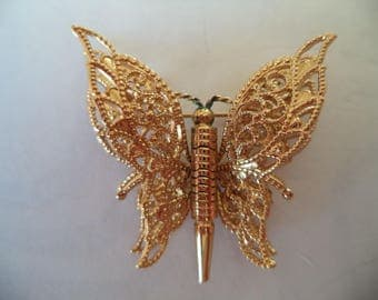 Vintage Signed Monet Goldtone Tiered Butterfly Brooch/Pin