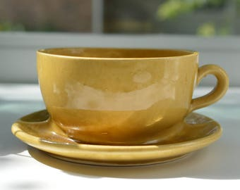 Brush McCoy Planter Cup and Saucer 37 Gold (B)