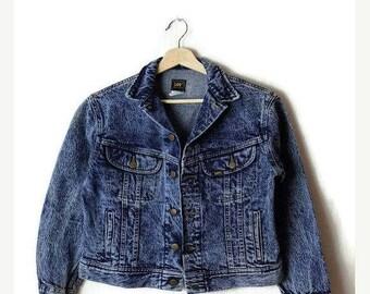 ON SALE Vintage Lee  Acid wash Denim Jacket/Jean Jacket from 1980's*