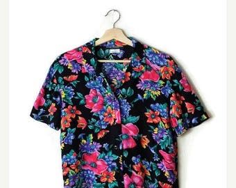 ON SALE Vintage Black x Pink/Blue Floral  Short sleeve slouchy Blouse from 80's*