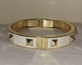 Vintage Goldtone Metal White Enamel Spike Clamper Bangle Bracelet