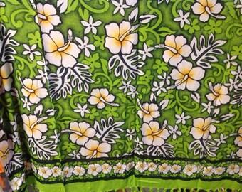 Hawaiian Floral Full Length Fringed Sarong.