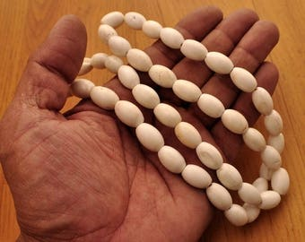 "CIJ SALE Vintage 28 inch conch or ""chank"" shell bead necklace from Kathmandu,Nepal"