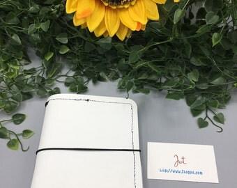 A605 - White Hot Summer with Pockets  - A6 JournalJot Traveler's Notebook/Planner Cover/Journal