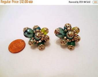 50% Off Estate Sale Vintage Cluster Earrings, Green  Clip ons Vintage Jewelry Clip on Earrings