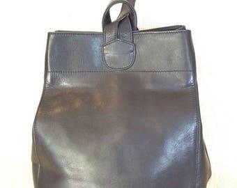 20% SUMMER SALE Genuine vintage ELLINGTON black leather backpack rucksack travel bag