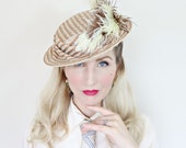 Vintage 1940s Hat / 40s Straw Hat / Lace / Blush Pink / Feathers / New old stock