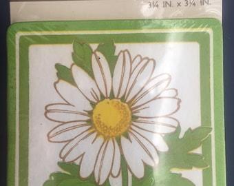16 HALLMARK PAPER COASTERS Vintage Daisy Cn-112