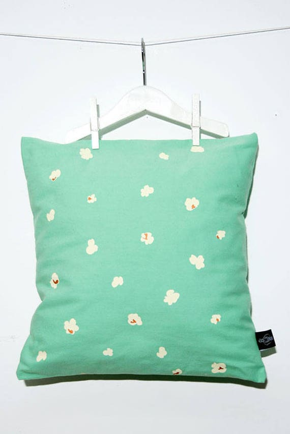 Popcorn cushion pillow / popcorn
