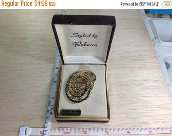 10% OFF 3 day sale Vintage Pin Brooch Goldtone In Box Used