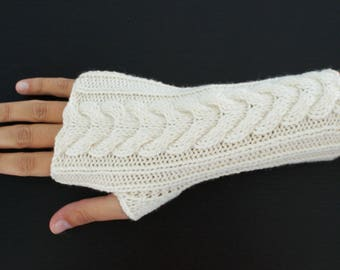 Mid-length gloves pure white Merino Wool