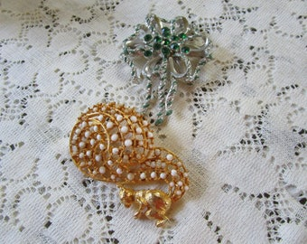 Vintage Squirrel and Bow Brooches (2)