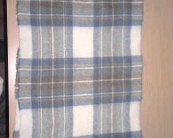 Vintage 80s Johnston of Elgin Plaid Lambswool Scarf from Scotland
