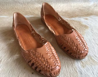 SALE / Vintage Leather Woven Shoes / Made in Brazil / Size 7.5