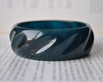 Vintage Blue Bakelite Bangle - 1950s Glowing Teal Bakelite Bracelet, Blue Moon Bakelite Bangle