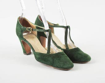 Vintage 1960s Shoes | 60s Suede Forest Green Strappy T-Strap High Heel Shoes (womens size 5.5)