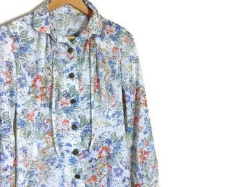 Vintage floral tea dress / cream boho vintage dress / dress with wild flowers / button up tea dress / 80s midi dress / bohemain dress / midi