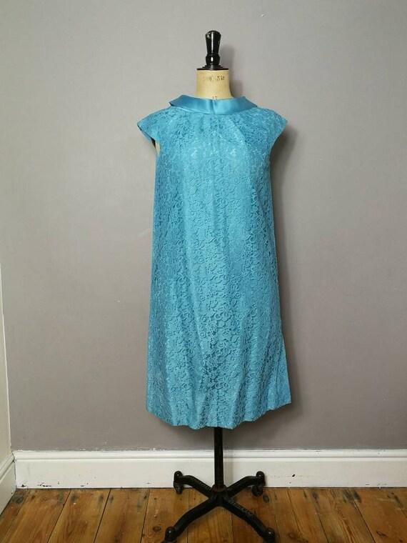 Vintage 50s blue lace dress / lace shift dress / original 1950s smart dress / turquoise lace dress / lace shift dress / 50s dress / UK 12