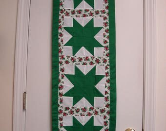 Quilted Christmas Table Cloth Runner