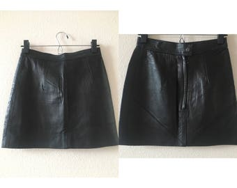 vintage 80's BLACK LEATHER MINISKIRT - extra small, small