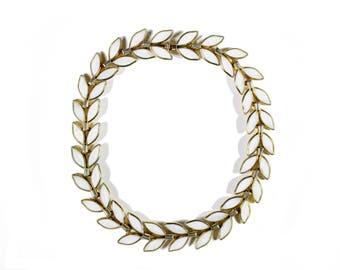 """Crown TRIFARI Vintage 1950's Necklace """"Petal Time"""""""