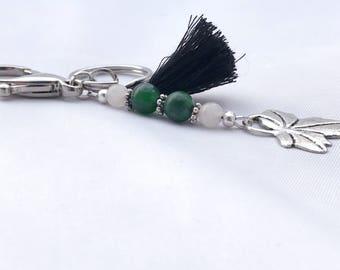 Silver leaf keychain accessory
