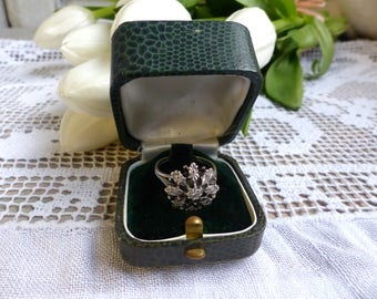 Antique french faux green leather ring box. Antique green paper covered engagement ring box. Something old. Antique wedding.Vintage wedding.