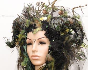Goth head Abdulkarim / / LARP headdress / / fantasy fairytale / / headdress with feathers / / Goth / / Fairy / / Dryad