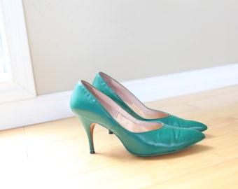 vintage kelly green leather heels womens 8