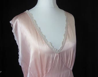 vintage Hollywood glamour 1930's heavy satin silk peach pink negligee for curvy girl size 18