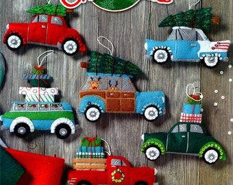 Bucilla Holiday Shopping Spree ~ 6 Pce. Felt Christmas Ornament Kit # 86836 Vintage Cars DIY