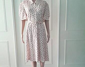 Floral 1980's dress vintage dress 80's dress Debenhams cream mid length dress floral summer dress ladies dress size 18