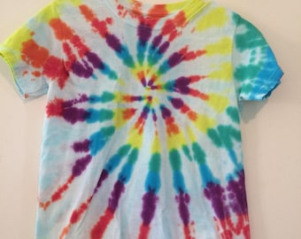 Kids large top tie dyed rainbow spiral with pale burst gender neutral
