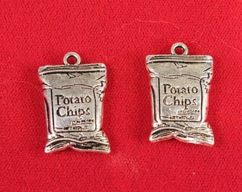 """BULK! 15pc """"Potato chips"""" charms in antique silver style (BC1378B)"""