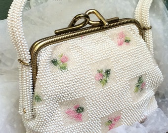 Lumared beaded purse,50's handbags,50's purse,beaded purse,floral purse,purse with roses,evening wear,bridal purse,Lumared bag