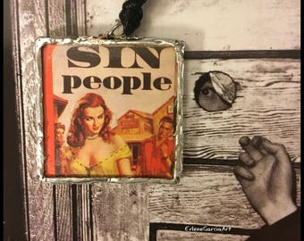 Necklace *SIN PEOPLE