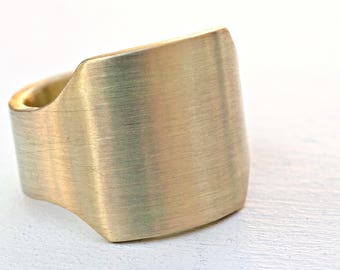 mens signet ring brass, brass signet ring, gents ring brass, big signet ring, square ring brass, big mens ring brass, cigar ring band