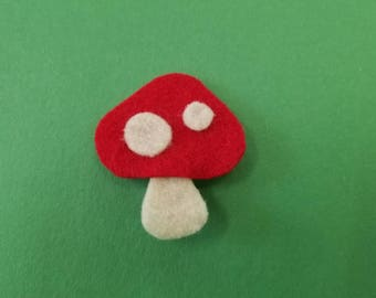 Toad Stool Clip
