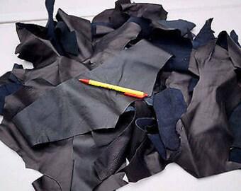 Black garment Lambskin scrap leather 0.4 KG Hand size or smaller