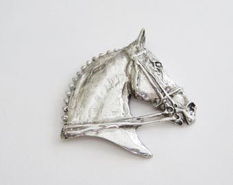 Stunning Pewter Horse Head In Bridle Brooch Pin