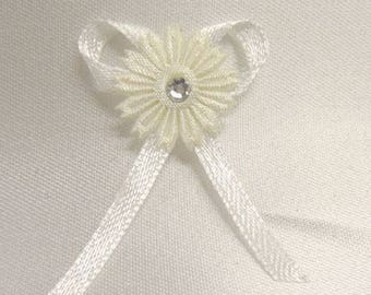 3 flower with ivory rhinestone and satin ribbon bow