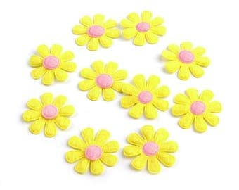 10 daisies 27 mm yellow felt