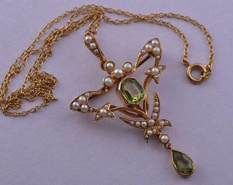 15ct Yellow Gold Victorian Art Nouveau Pendant / Brooch With Peridot And Pearls (879d)
