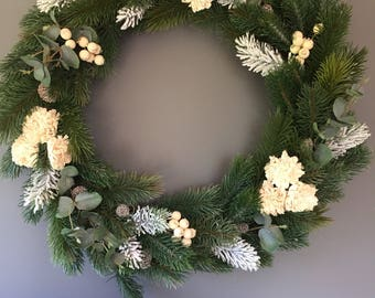 Christmas wreath, white wreath, christmas decoration, frosted wreath, door wreath, 18/20 inch wreath