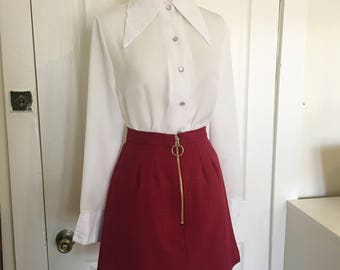 CLOSET MOD Burgandy A-line mini skirt Gold Zip Front