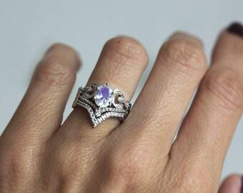 Rainbow Moonstone Ring Set, Moonstone Diamond Ring, Diamond Moonstone ring set, V diamond Ring with Moonstone Engagement Ring