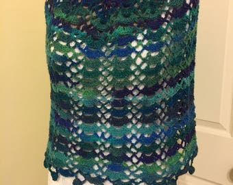 Crochet Poncho Top Blue Green Turquoise Layer Look Lagenlook Lacy Scallop Airy