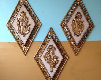 Vintage 1950s - midcentury gold & off white Syroco floral diamond wall decor set - 3 pieces